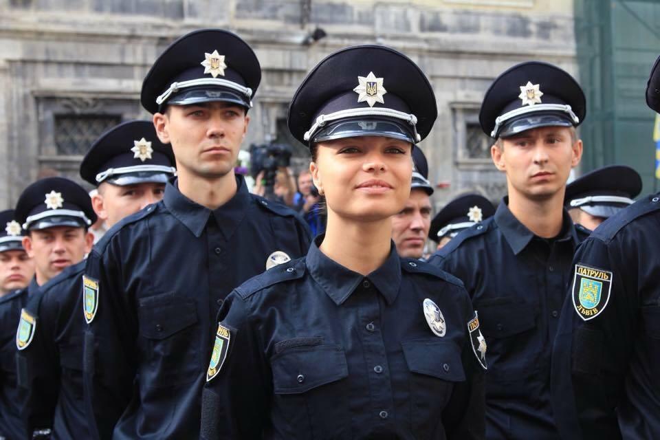 """Результат пошуку зображень за запитом """"патрульна поліція набір"""""""